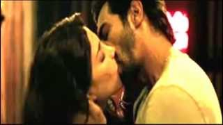 SHRUTHI HASSAN KISSING AND SEX SCENE