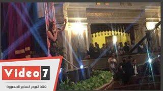 أمال ماهر تتوجه بالتحية لخادم الحرمين الشريفين من مسرح جامعة القاهرة