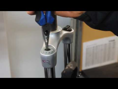 How to fix the lockout on your SR Suntour forks
