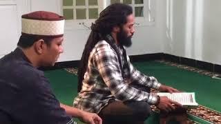 Video Cahaya Hati RCTI - Merdu Banget Suaranya saat Baca Al Quran (Pemain Cahaya Hati RCTI) download MP3, 3GP, MP4, WEBM, AVI, FLV November 2018