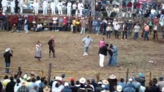 Concurso De Baile En Huecorio Michoacan 2010.mpg