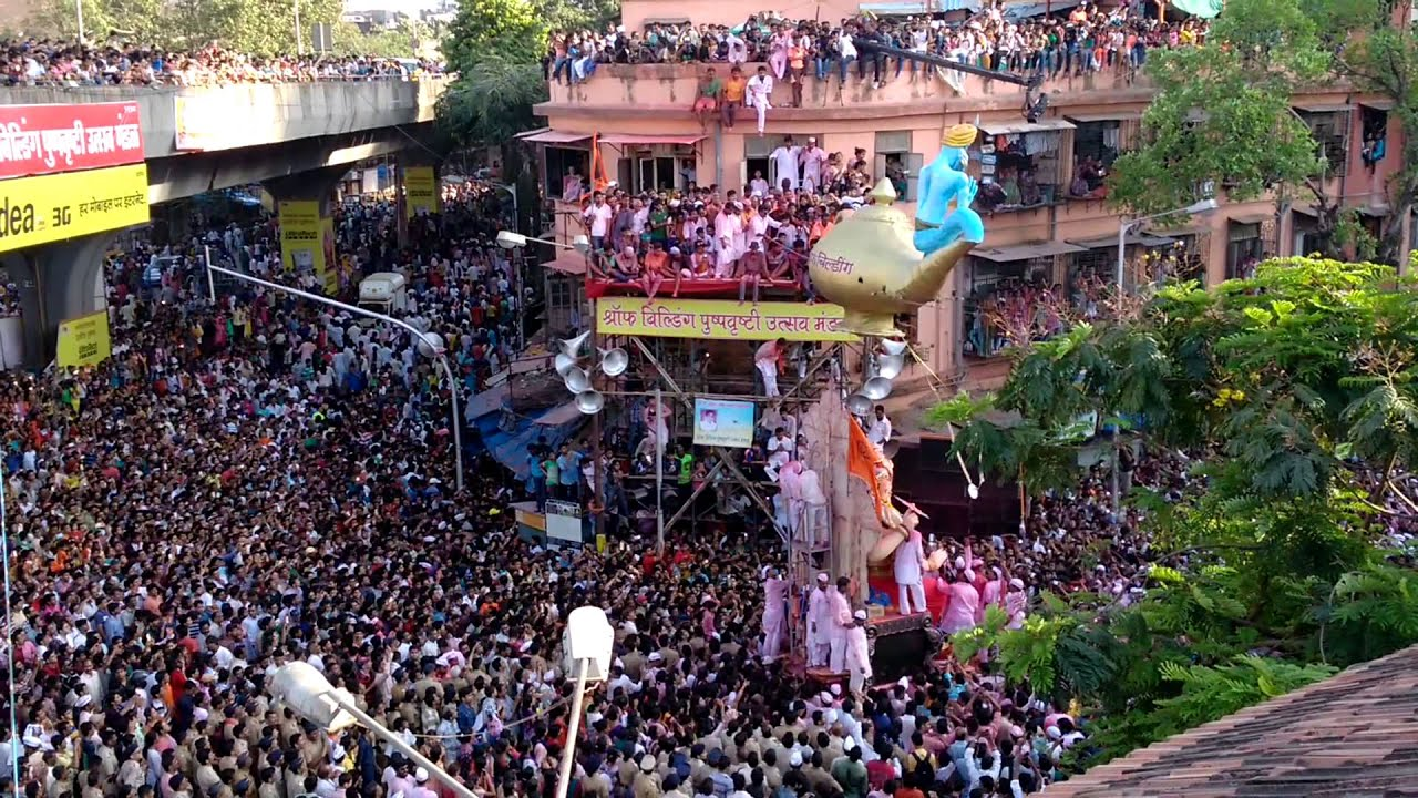 Image result for lalbaugcha raja crowd