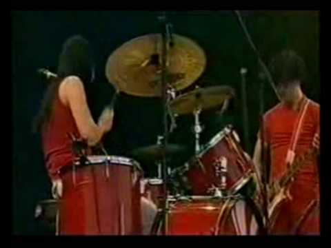 The White Stripes - Ball & Biscuit. Glastonbury 2002. 6/16 mp3
