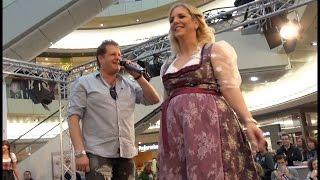 Jens Büchner singt