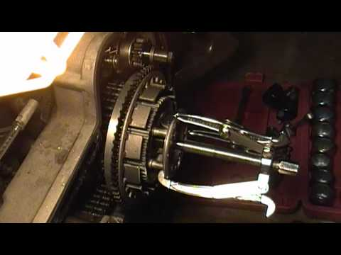How NOT to remove a Harley clutch basket and engine compensator