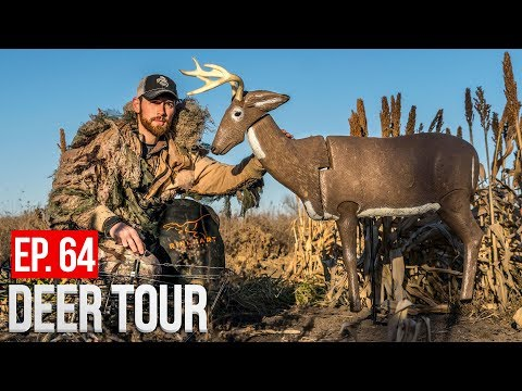 DEER HUNTING WITH A DECOY - DEER TOUR E64
