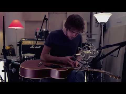 Depth Over Distance - Ben Howard - [live cover by Alx Green]