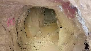 Exploring Ronda E's Gold Mine (limestone deathcamp)