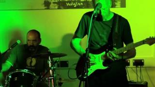 Strange Brew (Cornwall) - Dancing the blues away.mp4