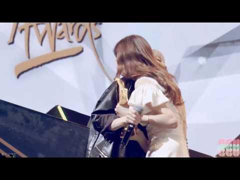 대형견과 소주인 같은 소녀시대 리더 태연 막내 서현의 흔한 포옹법 (ft.리막하세요, 소시하세요)