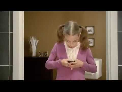 LG Optimus One - Spider Commercial 2011 directed by Anna Foerster