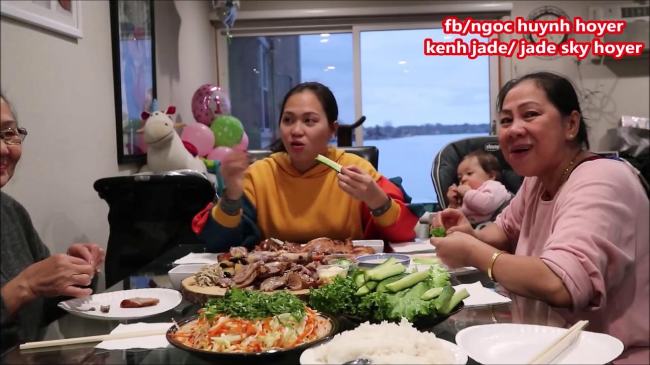 Vlog 390 ll Đùi Heo Hầm Thảo Mộc Và Vịt Quay Tiễn Ngoại Jade Về Việt Nam,Đón Bà 2 Qua