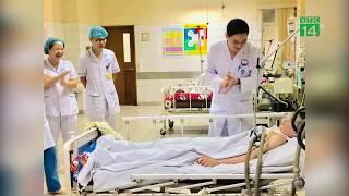 Cậu bé tỉnh lại sau 2 năm hôn mê vì viêm não Nhật Bản| VTC14