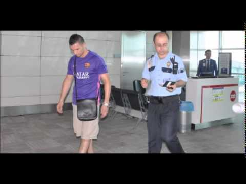 Algerian man breaks glass door at İstanbul airport to try to catch missed flight