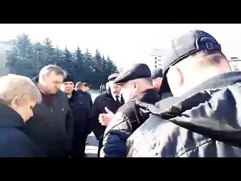 Moy gorod: Мой город Н: отец нардепа Дырдина о Стаднике: народ требует сменить