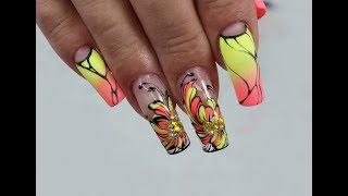 Неоновый градиент/яркий дизайн ногтей