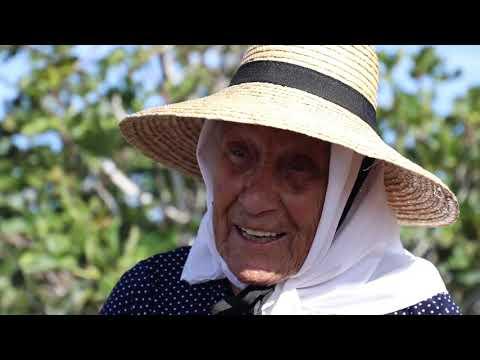 Tías homenajea a la vecina Caridad Cejas Machín en el Día Internacional de la Mujer Rural
