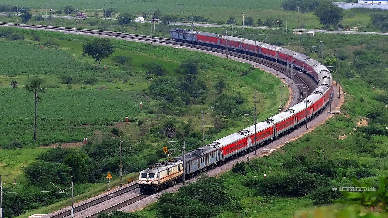 Top 5 Super Fast and High Speed Trains of India