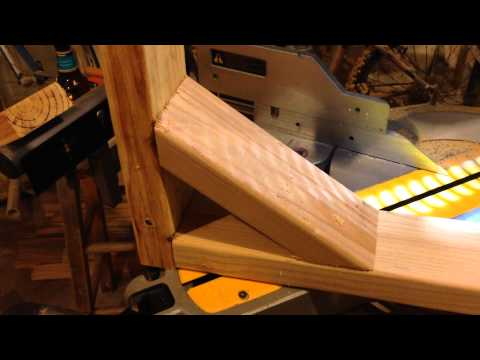 Woodworking Tip - Angles for a T Frame Cross Brace