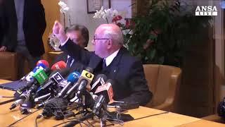 Carlo Tavecchio si dimette da presidente della Federcalcio