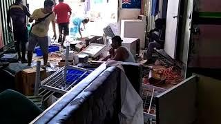 PNG Authorities Trash Manus Island Compound, Refugees Claim
