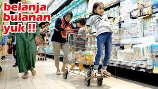 Download Nganter Bunda Belanja Bulanan Yaya dan Dede Fafa Malah Asyik Naik Trolly