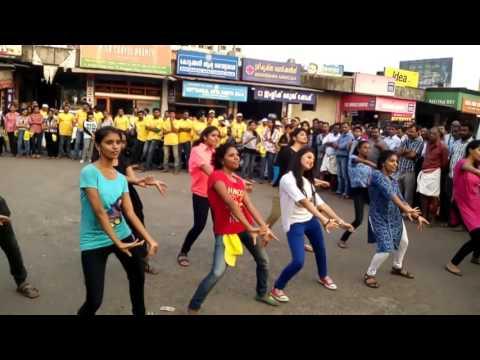 Flash mob at Kannur by NIFT students