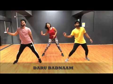Daru Badnaam | Dance Fitness Choreography | By Shruti Deshpande And Vicky Bhatt  | CurlyGrooves
