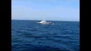 Raw: US Navy Fires Warning Shots Near Iran Ship