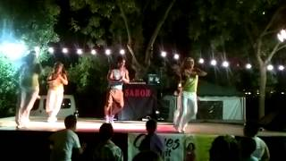 ZUMBA FITNESS - FOLLOW THE LEADER - JENNIFER LOPEZ MARISOL SERRANO