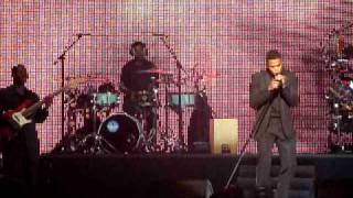 """Maxwell - """"This Woman's Work"""" @Essence Music Festival 2009"""