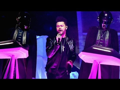 "The Weeknd & Daft Punk Perform ""Starboy""/""I Feel It Coming"" Mashup At 2017 Grammy Awards"