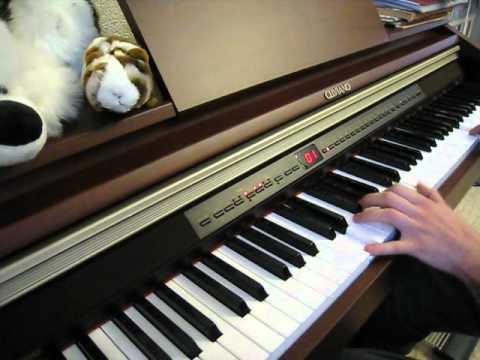 Музыка из фильма Гостья из будущего (на пианино).avi