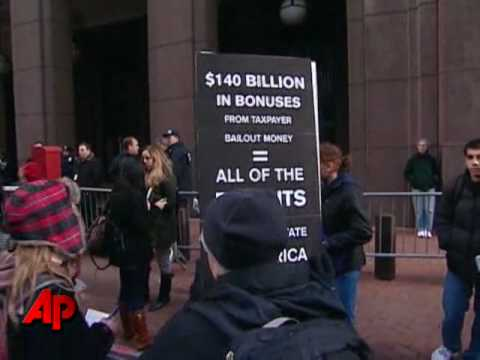 Obama Steps Up Campaign Against Wall Street