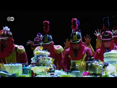 "Ópera Cômica de Berlim encena ""A feira de Sorochinski"""