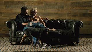 Gambar cover Blake Shelton - Nobody But You (Duet with Gwen Stefani) (Official Music Video)