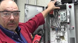 Électricité - Prise d'une mesure d'un moteur à courant continu