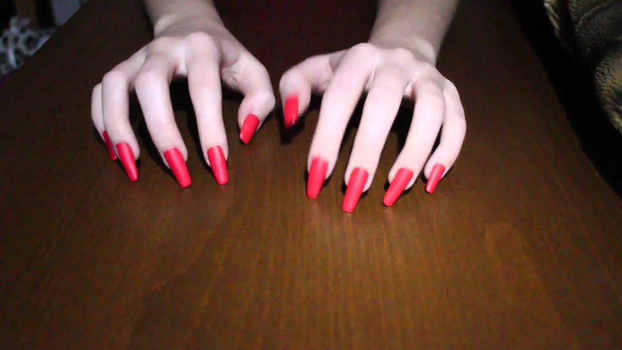 stefizilla tapping and scratching with her red long nails (video 3 ...