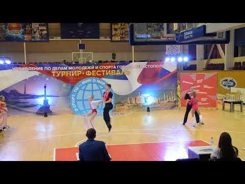 Смотреть клип Назаренко - Карпович Акробатика ( Севастополь 02.12.17. Акробатический Рок-н-ролл ) онлайн бесплатно в качестве