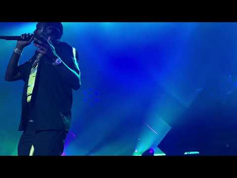 Meek Mill - Almost Slipped (Live At The Fillmore Jackie Gleason Theater in Miami on 2/19/2019)