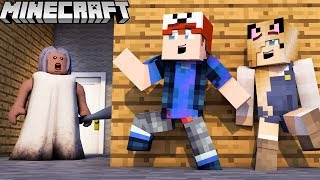 GRANNY BABUNIA TROLL?! - ZABAWA W CHOWANEGO W MINECRAFT (Hide and Seek) | Vito vs Bella