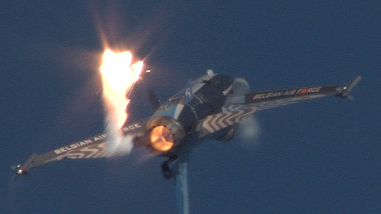 Eastbourne Air Show >> Airbourne Eastbourne Airshow 2011 Highlights Youtube