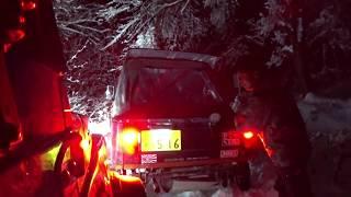 ジムニー スノーアタック路面凍結 操作不能で掘りに落ちる