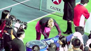 Sharapova after match with Zheng Jie at HK Tennis Classic 2010 (HD)