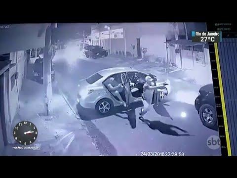 Número de roubos de carro cresceu 23% na Baixada Fluminense | SBT Notícias (28/03/18)