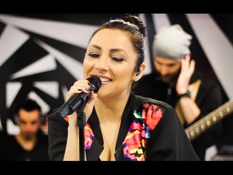 Andra - Cantec pentru Maya (Live la Radio 21)
