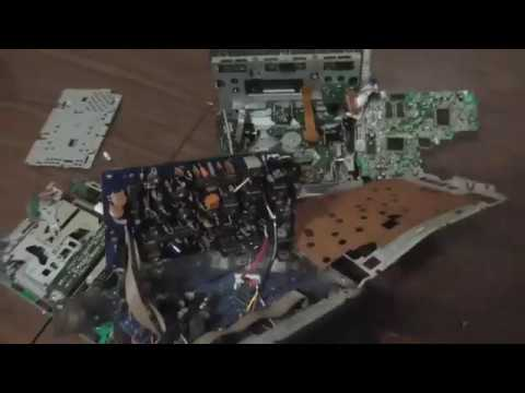 Scrapping A Car Stereo For Scrap Metal!! What's Inside A Infinity CD Player