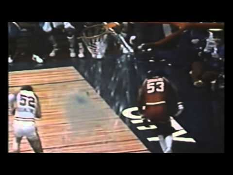 Chocolate Thunder Names his dunks ( Tribute)