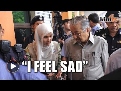 Mahathir barred by prison guards from meeting Anwar at rehab
