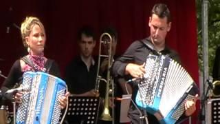 Charlène Jousse et Bastien Babaz Festival d'accordéon Lesterps 2012